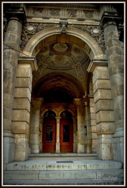 opera-vchod
