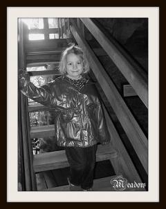 valecov-na-schodech